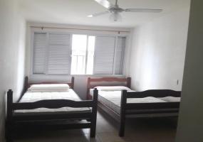 3 Bedrooms Bedrooms,9 Rooms Rooms,2 BathroomsBathrooms,Apartamento GR,1005