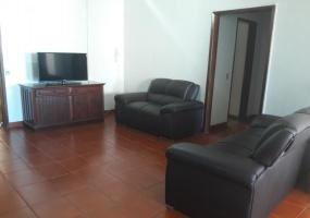 4 Bedrooms Bedrooms,12 Rooms Rooms,4 BathroomsBathrooms,Apartamentos GV,1018