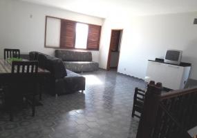 4 Bedrooms Bedrooms,15 Rooms Rooms,5 BathroomsBathrooms,Apartamentos GV,1023